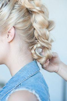 Faux hawk braid tutorial and a few other head-turning DIY hairstyles :)