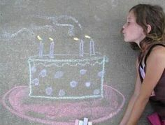 Interact with sidewalk chalk.and take cute pictures of it. :) Interact with sidewalk chalk….and take cute pictures of it. Chalk Pictures, Cute Pictures, Art Birthday, Birthday Photos, Cute Birthday Pictures, Chalk Photography, Sidewalk Chalk Art, Chalk Drawings, Art Drawings