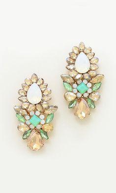 Madeline Chandelier Earrings in Mint Champagne
