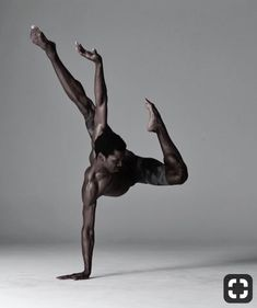 Calvin Royal III dancer with American Ballet Theatre Photographed by Nisian notes Ballerino Black Dancers, Male Ballet Dancers, Dancers Pose, Foto Picture, Ballet Photography, Amazing Dance Photography, Photography Poses, Newborn Photography, Street Photography