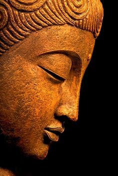 ☫ Angelic ☫ winged cemetery angels and zen statuary - buddha Buddha Kunst, Art Buddha, Buddha Kopf, Buddha Painting, Buddha Artwork, Buddha Quote, Gautama Buddha, Amitabha Buddha, Buddha Buddhism