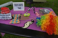 Photo props at a Circus Party #circus #party