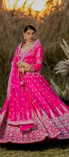 Lehenga Choli Online, Bridal Lehenga Choli, Saree Blouse, Sari, Raw Silk Lehenga, Coffee Shops, Girls Dresses, Crop Tops, Pink