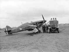 Hawker Hurricane Mark I, 'Z', of No. 1 Squadron RAF is refuelled while undergoing an engine check at Vassincourt. 1940 - pin by Paolo Marzioli Navy Aircraft, Ww2 Aircraft, Fighter Aircraft, Military Aircraft, Fighter Jets, Hawker Hurricane, Ww2 Planes, Battle Of Britain, Royal Air Force