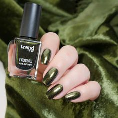 trend it up Maybelline, 13. November, Trend It Up, Natural Nails, Fall 2018, Swatch, Manicure, Nail Polish, Glitter
