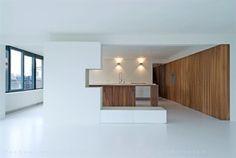 Overzicht richting keuken. Huis KAAN Rotterdam by KAAN Architecten. Pic by @Sebastian van Damme
