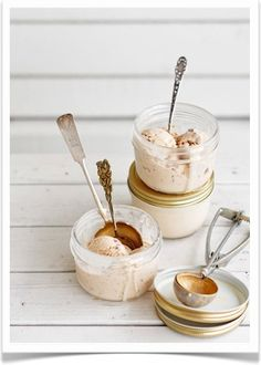ice cream in mason jars and those cute little vintage spoons