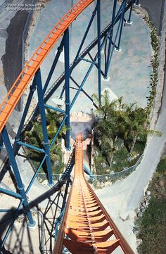 Goliath@Six Flags Magic Mountain - a Giovanola hypercoaster with a huge first drop and a brain-crushing helix.