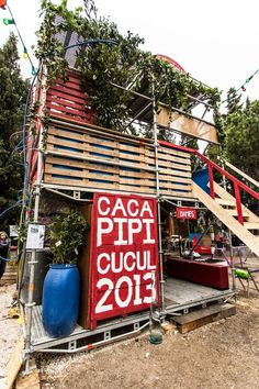 """DESIGN ECOTOWER - camping """"Yes We Camp 2013"""". ©andric Cardin #yeswecamp #friche #tour #ecology #ecologie #mp2013 #marseille #marseille2013 #friche #belledemai #caca #pipi #cucul #2013 #culture #capitaledelaculture #red #rouge #painting #graphique #graphic #wc #toilette #shower #cacapipicucul2013"""