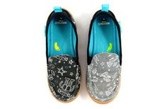 Chooze Shoes, a 100% vegan shoe that features two different, but oh-so-complementary patterns for those tiny toes.