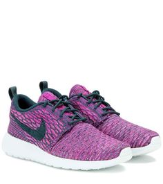 innovative design b735c 57938 Nike Roshe One Flyknit sneakers Nike Tenis, Zapatos Roshe, Nike Roshe,  Zapatillas Nike