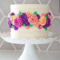 10 Birthday Cake Ideas For You 10 ideas de pastel de cumpleaños para ti – Cocina Pretty Cakes, Beautiful Cakes, Amazing Cakes, Beautiful Gorgeous, Cake Decorating Designs, Cake Decorating Techniques, Easter Cakes Decorating, 10 Birthday Cake, Flower Birthday Cakes