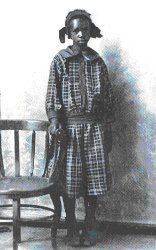 Little Sarah Rector, a former slave, became one of the richest little girls in America in 1914. Rector had been born among the Creek Indians, as a descendant of slaves. As a result of an earlier land treaty from the government. Back in 1887, the government awarded the Creek minors children 160 acres of land, which passed to Rector after her parents' deaths. Though her land was thought to be useless, oil was discovered in its depths in 1914, when she was just 10 years old.