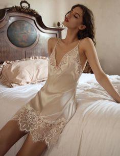 Lingerie Chic, Jolie Lingerie, Lingerie Outfits, Lingerie Dress, Wedding Lingerie, Lingerie Set, Women Lingerie, French Lingerie, Wedding Night Dress