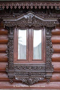 Современный деревянный наличник