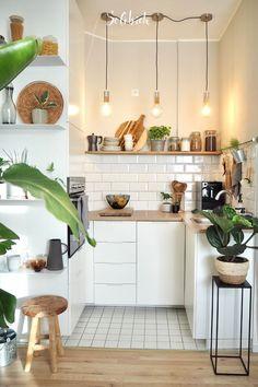 Küche # Kitchen # small kitchen The Home Warranty Doctor Is In! Home Decor Kitchen, Interior Design Kitchen, New Kitchen, Home Kitchens, Mini Kitchen, Kitchen Ideas, Plants In Kitchen, Bohemian Kitchen Decor, Wooden Shelves Kitchen