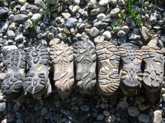 Review of the best hiking boots for women.