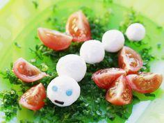 Frischkäsebällchen mit Tomaten ist ein Rezept mit frischen Zutaten aus der Kategorie Fruchtgemüse. Probieren Sie dieses und weitere Rezepte von EAT SMARTER!