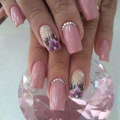 Dainty nails nail art in 2019 unhas decoradas, unhas, coisas de unha. Beautiful Nail Designs, Beautiful Nail Art, Gorgeous Nails, Fancy Nails, Cute Nails, Pretty Nails, Purple Nail Art, Glitter Nail Art, Bride Nails