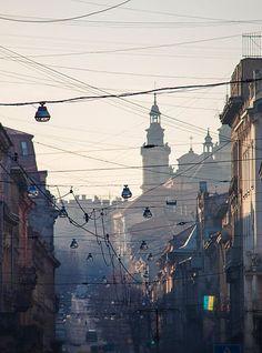 Power, Lviv, Ukraine, 2014, photograph by Juan Eduardo De Cristófaro.