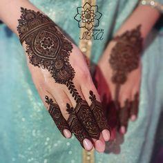 Modern Henna Designs, Indian Mehndi Designs, Mehndi Designs 2018, Mehndi Designs For Beginners, Mehndi Designs For Girls, Mehndi Design Photos, Mehndi Designs For Fingers, Beautiful Henna Designs, Henna Tattoo Designs