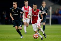 AMSTERDAM, NETHERLANDS - FEBRUARY 13: Hakim Ziyech of Ajax  during the UEFA Champions League  match between Ajax v Real Madrid at the Johan Cruijff Arena on February 13, 2019 in Amsterdam Netherlands (Photo by Erwin Spek/Soccrates/Getty Images)