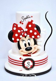 Super Minnie Cake