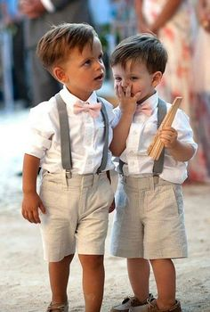 There is less inspiration out there when it comes to page boys but how cute do they look at weddings- love them. Today I thought I would share some ideas for styling page boys. I've got 10 looks which will help you move a way from the traditional mini suit- as lovely as that does look.