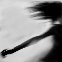 Super Travel Alone Photography Freedom Ideas Alone Photography, Movement Photography, Travel Photography, Motion Blur, Out Of Focus, Ansel Adams, Black And White Photography, Monochrome, Pictures