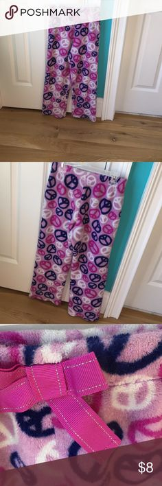 Comfy girls pajama pants 👖 Super cute and comfy. I always have loved them, in in adult sizes now and they are too small. Xhilaration Pajamas Pajama Bottoms