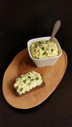 Salată de ouă. Egg Recipes, Brunch Recipes, Cooking Recipes, Pasta Recipes, Vegetarian Recipes, Healthy Recipes, Romanian Food, Yummy Food, Tasty