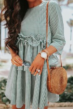 Emily Ann Gemma, The Sweetest Thing Blog Most Popular outfits. Summer Fashion Trends, Gingham dress. #Summer #springtrends #fashionstyle #EmilyGemma #EmilyAnnGemma #SummerDress #CasualOutfit