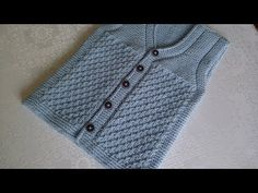 ÇOK KOLAY BEBEK/ÇOCUK YELEĞİ (ERKEK/KIZ)(1-1.5 YAŞ) - YouTube Baby Vest, Baby Pants, Baby Knitting Patterns, Moda Emo, Boys Sweaters, Kids Wear, Crochet Baby, Editorial Fashion, Baby Kids