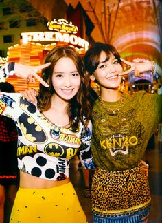 Yoona & Sooyoung SNSD - Las Vegas