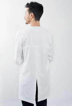 Clothes by Dutch designer Jeffrey Heiligers are structured to correct poor posture.