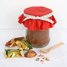 Butterfinger Hot Chocolate Mix in a Jar | SimplyCelebrate.Meals.com - Put a sweet spin on hot chocolate this winter with this giftable #Butterfinger Hot Chocolate Mix in a Jar! #hotchocolate #simplycelebrate