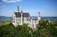 Neuschwanstein Castle #viajar #amoviajar #viajes #viajeros #travel #traveling #travelgram #travelblogger #travelblog #viajar #beautifulplace #world #worldtraveler #trip #voyage #instatravel #picoftheday #photooftheday #pictureoftheday #mundo #europe #europa #curiosidades #castles #castillo #castle #castillos #germany #alemania