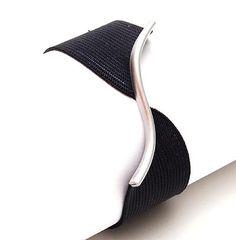 ARTHUR DE RIJK 1946 - Black rubber bracelet with aluminium design execution ca.1990