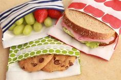 reusable baggies for sandwiches and snacks – We love these. reusable baggies for sandwiches and snacks – We love these. Lunch Snacks, Snack Bags, Lunch Box, Snacks Kids, Tasty Snacks, Healthy Lunches, Bento Box, Lunch Time, Reusable Sandwich Bags