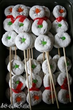 Snowman on a stick---WAY CUTE!  Do for little one's birthday snack at preschool!