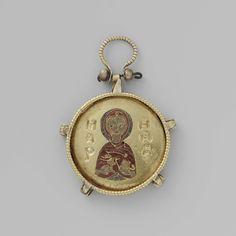 Medaillon met een vrouwelijke heilige, anonymous, c. 900 - c. 1000 - Rijksmuseum