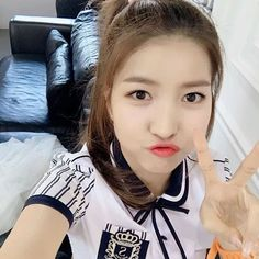 @gfriendofficial  twitter update  #여자친구 #GFRIEND #소원 마쉬멜로우.. 피곤한 오후 달콤한 거 챙겨 드시고 기운 내세요!  #여자친구 #여친 #버디 #소원 #예린 #은하 #유주 #신비 #엄지 #신린 #린비 #Girlfriend #Gfriend #Buddy #Sowon #Yerin #Eunha #Yuju #Sinb #Umji #Sinrin #Rinb
