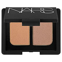 NARS - Duo Eyeshadow in Kalahari. Your answer to every skin tone. Easy to apply, very versatile color.
