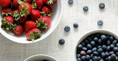 Find out how to keep berries fresh longer using a very simple ingredient you already have in your pantry so you can enjoy berry season to its fullest. This is the best ways to store berries of all kinds, including blueberries and strawberries. Fruit Recipes, Cooking Recipes, Healthy Recipes, Recipies, Fruit And Veg, Fruits And Veggies, Vegetables, Easy Blueberry Desserts, Fruit Dishes