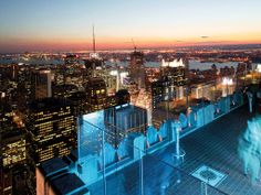 #topoftherock #rockefeller #rockefeller #plaza #rooftop #bar #restaurant #food #eating #view #skyline #skyscrapers #NewYork #America #USA #US #travel #tourism #guide #journey #tour #sightseeing #attraction #Apps #COOLCITIES http://www.cool-cities.com/new-york