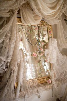 Lady-Gray-Dreams ♥☀♥             '•.¸☼¸.•'                •.¸✸¸.•                    .¸☼¸.                              .¸☀¸.                                  .¸✸¸.                            ☼                               ☀