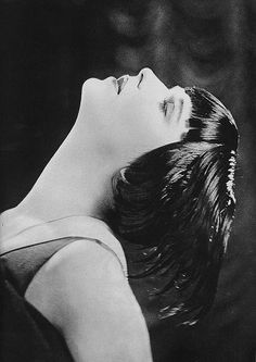 Louise Brooks #noirnation #ladynoir