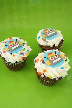 Robot Cupcakes. Darling Darleen: January 2012