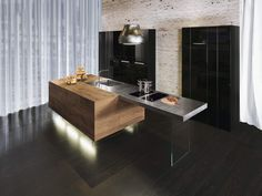 Design your kitchen exactly as you dream. #lagodesign #kitchen #wildwood #interior #homedecor #home #interiordesign #cucina #madeinitaly #contemporary #diningroom #saladapranzo #steel #modern