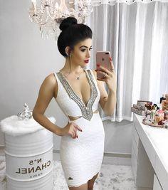 """12.1 mil curtidas, 85 comentários - O Closet mais Vigiado! (@vanessaborellii) no Instagram: """"Dress incrível da @labella.botique Estou apaixonada!!! E vocês gostaram? - - - #thelookface…"""""""